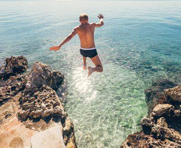 Man-jumping-Dalmatia370